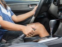Những thói quen dễ gây hại cho phanh ô tô